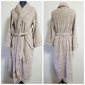 Oscar de la Renta Plush Bath Robe With Pockets